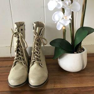 Sveve Madden boots